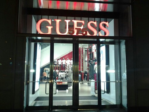 Guess Night Fifth Ave 47 Street Free Photo Image CopyLeft Public Domain 47 Street