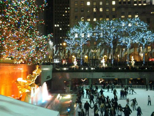Xsmas Tree Promenade Ave New York NY free public domain picture photo New York